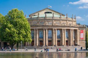 Stadttheater Stuttgart Nikiko Pixabay
